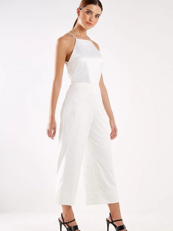 All white: tendência para o verão 2020